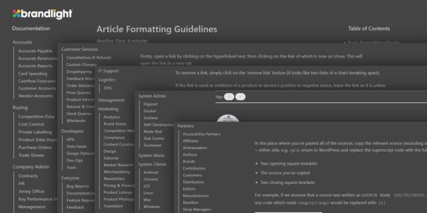 Documentación para todo en el mismo sitio web y herramientas para crear productos y contenido para fomentar el crecimiento del conocimiento colectivo.